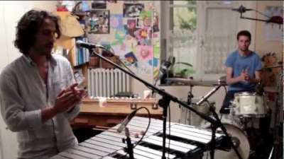 Embedded thumbnail for I need an end (live session 2011)